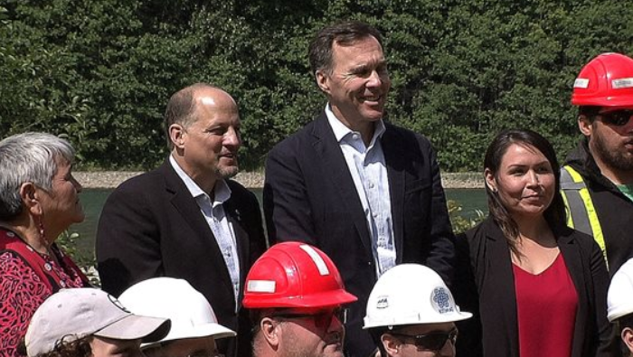 Federal government buys new bridge for Kitimat & turbines for LNG Canada plant